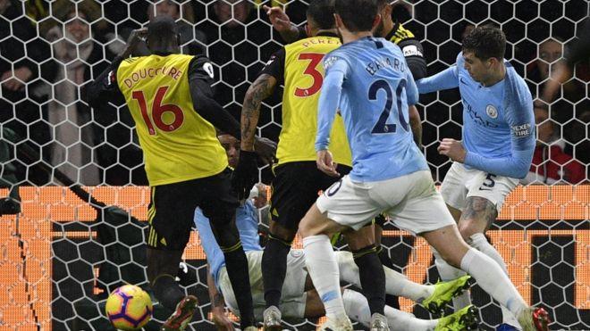 مانشستر سيتي يعزز مركزه في الدوري الانجليزي بفوز سهل على واتفورد