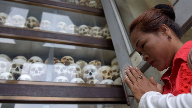 Khmer Rouge: Cambodia's years of brutality - BBC News
