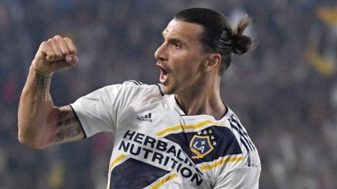 Manchester united wanaweza kushawishika kumrejesha Zlatan Ibrahimovic kikosini