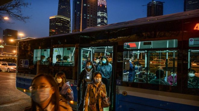 Autobuses en abril.
