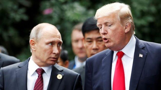 Tổng thống Mỹ Donald Trump và Tổng thống Nga Vladimir Putin tại Việt Nam năm 2017