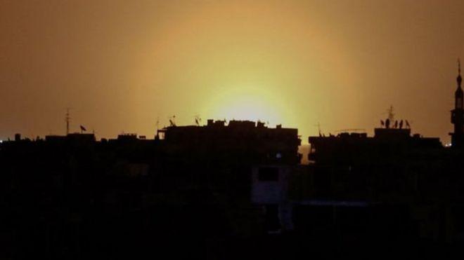 صورة التقطت في ريف دمشق للانفجار الذي وقع قرب مطار العاصمة السورية الدولي AFP