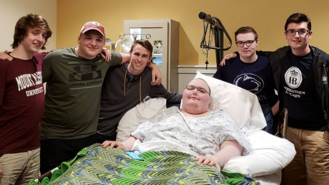 Gamers meet in real life at bedside of terminally ill friend bbc news six friends who met through online gaming at a hospital m4hsunfo