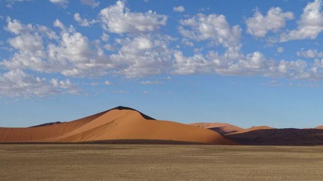 Пустеля Sossusvlei в Намібії