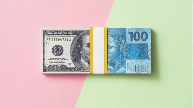 Dólar e real
