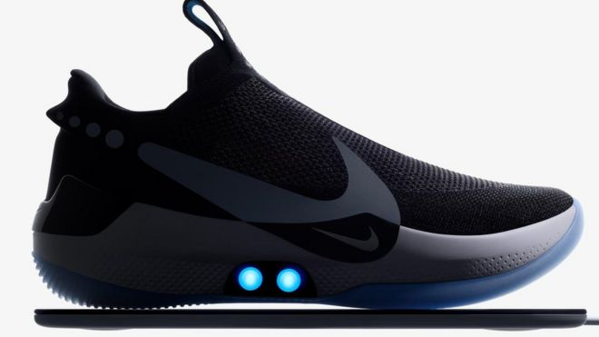 f3043005e8900 Nike s phone-controlled self-lacing trainers - BBC News