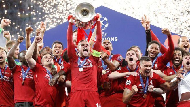 دوري أبطال أوروبا: ليفربول يتوج بلقب البطولة على حساب توتنهام بعد هدفي محمد صلاح وأوريغي
