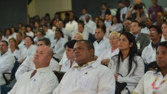 Médicos estrangeiros participam de curso