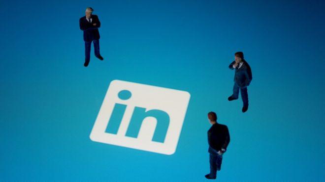 Los estafadores que te ofrecen trabajo en LinkedIn para