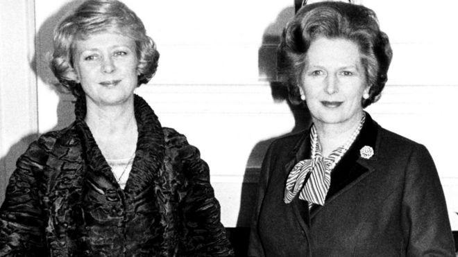 Вигдис Финнбогадоуттир (на снимке слева) с Маргарет Тэтчер, 1982 год.