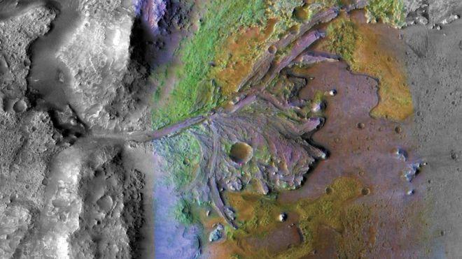 Кратер Езеро на Марсе