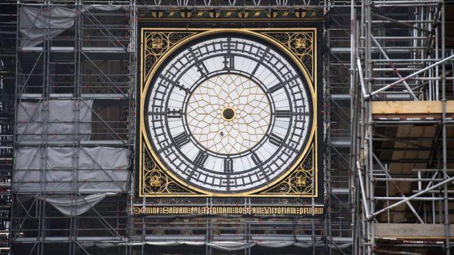 Big ben clock tower hands removed for maintenance bbc news elizabeth tower malvernweather Images