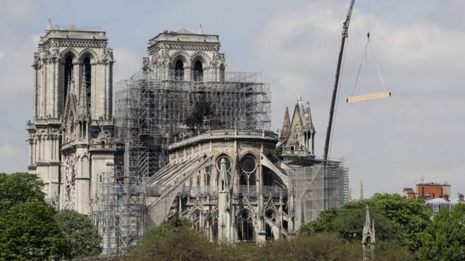 Notre Dame Fire Temporary Wooden Cathedral Proposed Bbc News