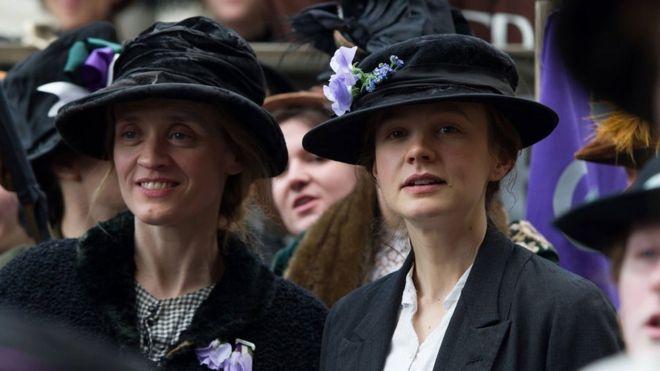 Энн-Мари Дафф (слева) и Кэри Маллиган (справа) в фильме Suffragette