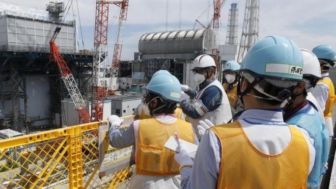 후쿠시마 원전 사고는 2011년 대규모 지진과 이후 쓰나미로 발생했다