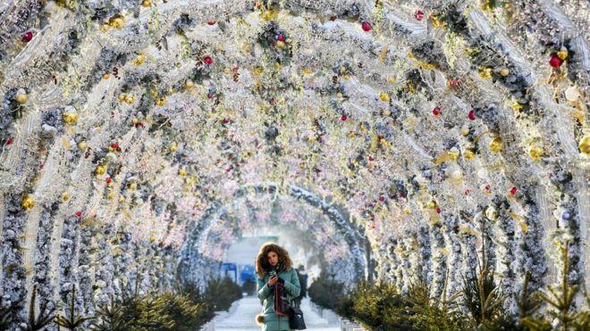 Preparations for the festive season in Russia