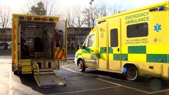 Уэльские машины скорой помощи