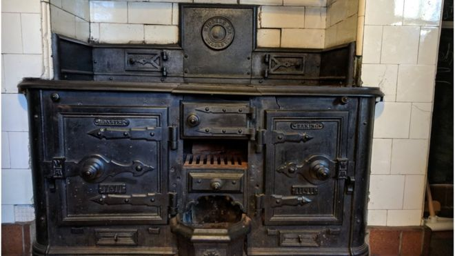 How An Old Kitchen Stove Ended Up As Museum Exhibit Bbc News