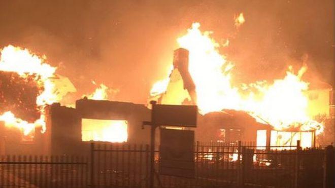 Knysna Fire Map.South Africa 10 000 Knysna Residents Evacuated Amid Fire Bbc News