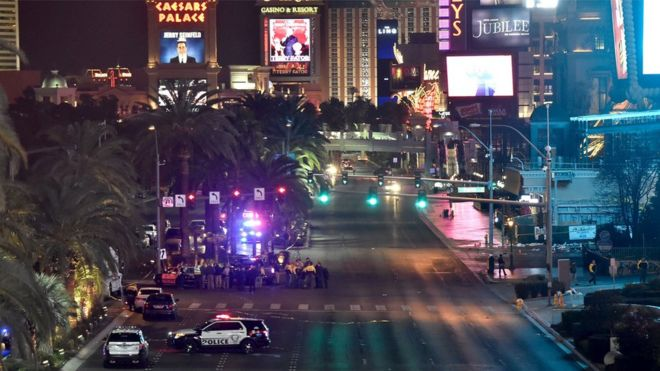 Las Vegas Car Accident >> Las Vegas Strip Crash Dozens Hurt As Car Crashes Into Crowd Bbc News