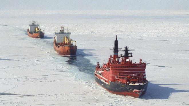 Container ship to break the ice on Russian Arctic route - BBC News