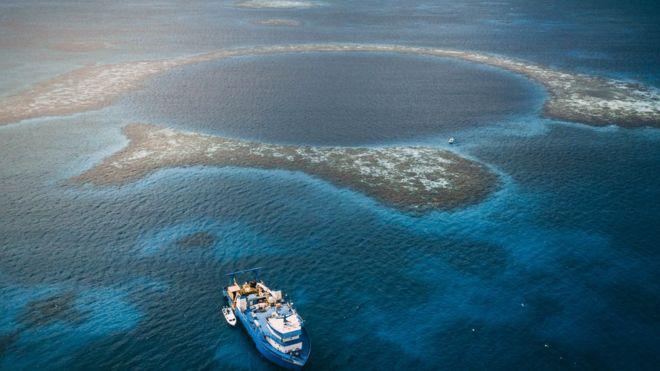 Gran Agujero Azul de Belice: los fascinantes hallazgos en el sumidero más grande del mundo