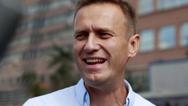 «Скоты получат свое»: соратники Навального начали травлю полицейских в соцсетях