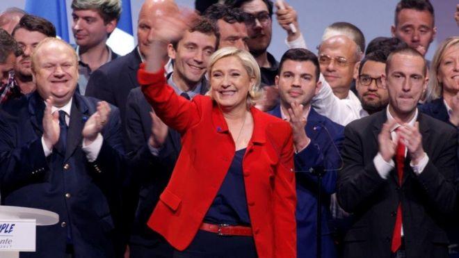 Bà Marine Le Pen là ứng viên tổng thống của phe thiên hữu Pháp