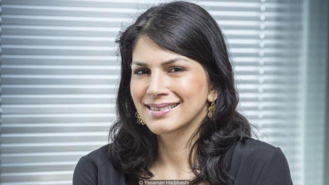 Công việc của Yasaman Hadjibashi với tư cách giám đốc sáng tạo mới của Tập đoàn Barclays Africa đòi hỏi bà ấy phải bay làm việc khắp khu vực.