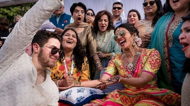 Newly Wed Priyanka Chopra And Nick Jonas Have Hindu Ceremony Bbc News
