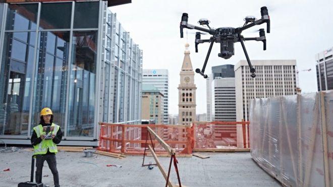 MWC 2017: DJI drones use plane avoidance tech - BBC News