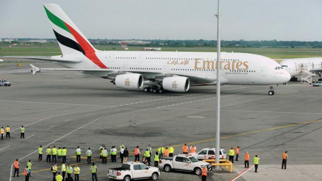 В Нью-Йорке поместили на карантин самолет из Дубая