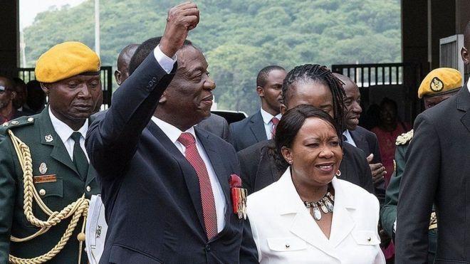 Madaxwaynaha Zimbabwe oo balanqaaday in dimuqraadiyada uu xushmayn doono