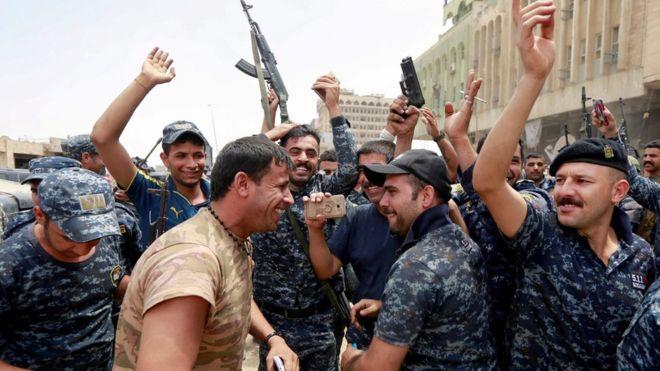 Irak hükümetinin Musul'da resmi zafer zafer ilanı 'an meselesi'