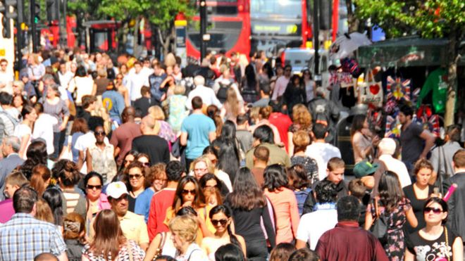 Migration from EU to UK lowest for four years, ONS figures