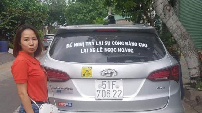 Bà Phương còn được biết đến là tài xe nhặt tiền lẻ trong đợt phản đối trả phí BOT