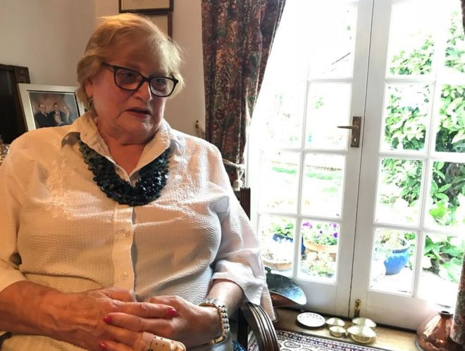 f123635b95 Image caption Gill McMahon was sitting near the open French doors when the  fox bit her