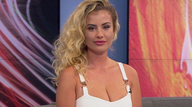 A modelo Chloe Ayling