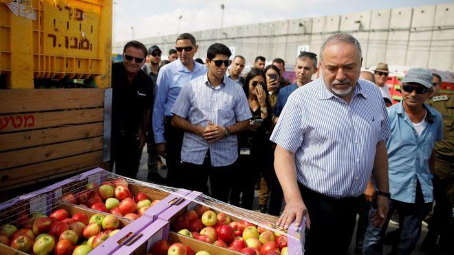 اسرائیل: اگر مرز آرام باشد راه ورود کالا به غزه را باز میکنیم
