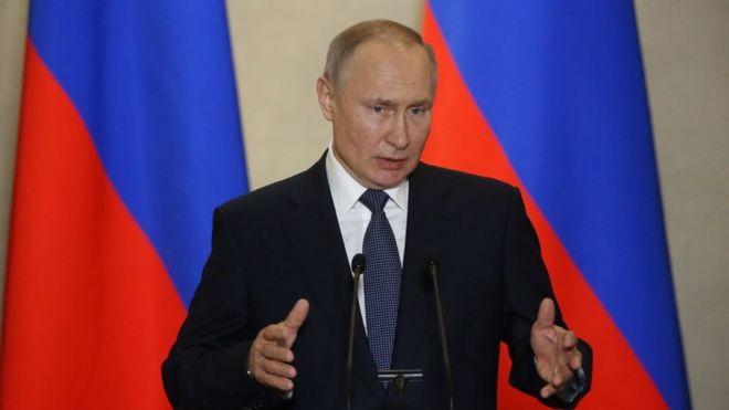 Vladimir Putin dự định sẽ thách thức sự lây lan của virus corona