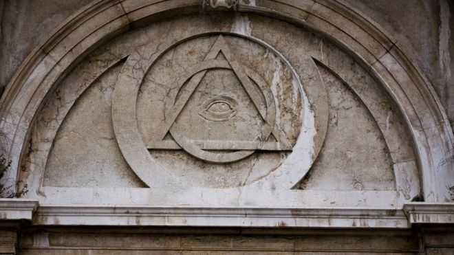 Freemasons explain the rituals and benefits of membership - BBC News