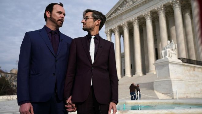 US Supreme Court questions bias in 'gay wedding cake' case
