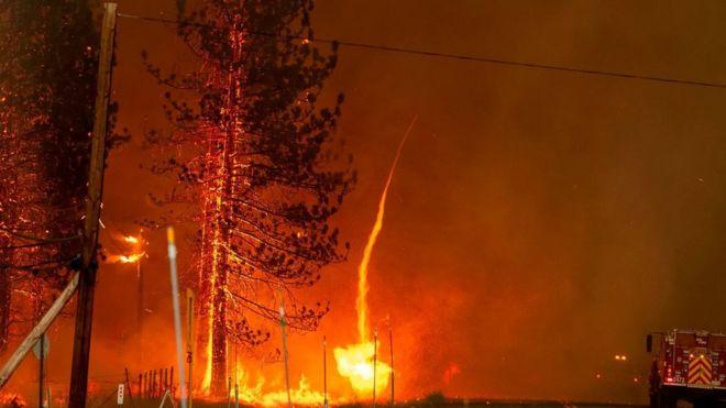 أعتى العواصف النارية في العالم