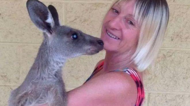 في أستراليا: كنغر يهاجم بوحشية عائلة في منزلها