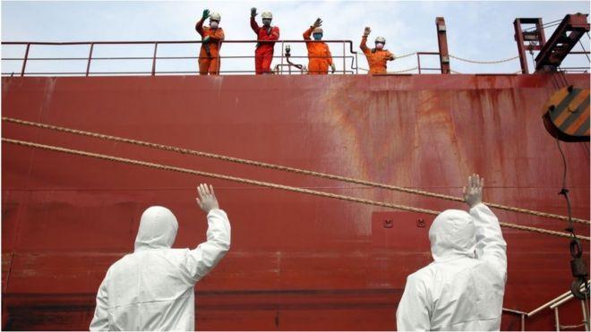 在疫情过后,跨国企业可能会出于分散风险的考虑,把部分产能迁出中国。