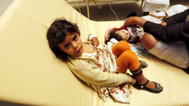 Children in Sanaa receiving treatment for cholera symptoms