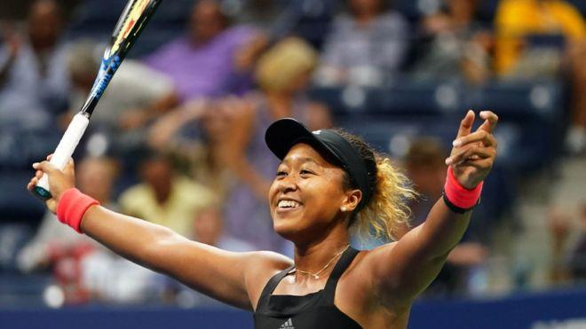 Naomi Osaka celebra su triunfo en el Abierto de Estados Unidos.