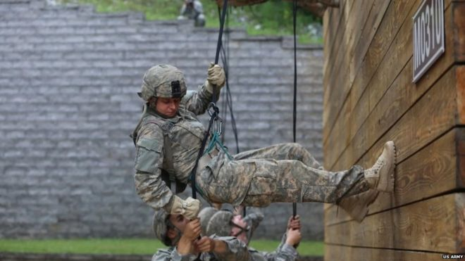 US Army Rangers school to graduate first female recruits