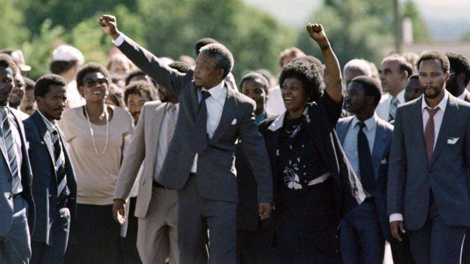 Buug cusub oo laga qoray madaxtinimadii Nelson Mandela