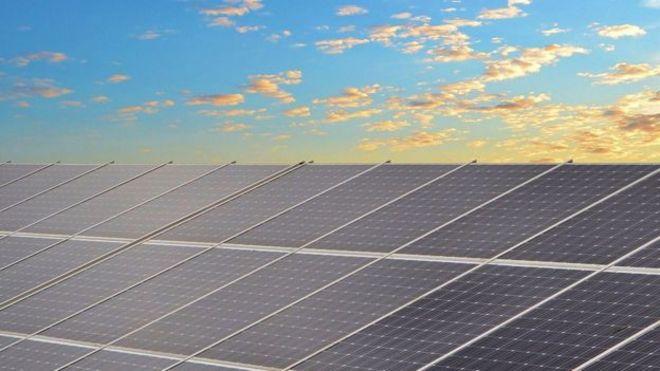 شرکت بریتانیایی کرکوس ساخت نیروگاه بزرگ خورشیدی در ایران را 'متوقف کرد'